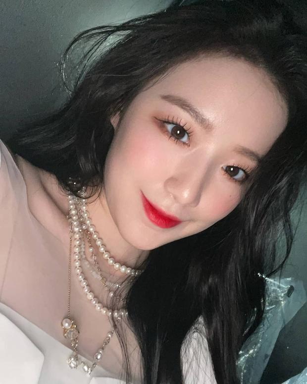 """Loạt makeup look """"đỉnh của chóp"""" từ idol Kpop, nhìn xịn xò là vậy nhưng toàn style đơn giản dễ học theo - Ảnh 10."""