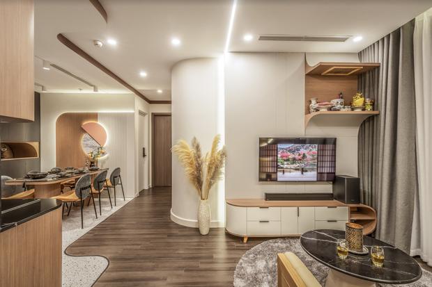 """Căn hộ decor """"chất"""" nhìn sướng mắt: Phòng bếp đẹp """"đỉnh"""", kết hợp màu trắng và gỗ vừa ấm vừa sang - Ảnh 1."""