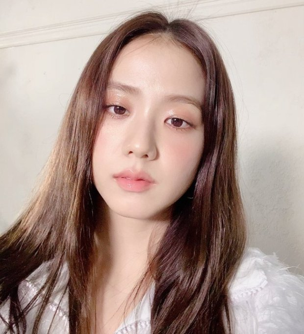"""Loạt makeup look """"đỉnh của chóp"""" từ idol Kpop, nhìn xịn xò là vậy nhưng toàn style đơn giản dễ học theo - Ảnh 2."""