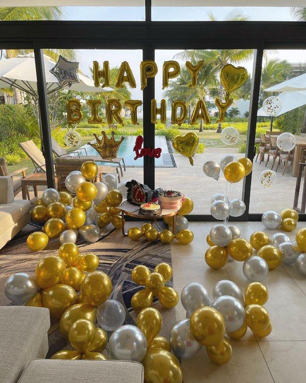 Tình trẻ kém 12 tuổi được Lệ Quyên bí mật tổ chức sinh nhật siêu to khổng lồ ở resort hạng sang - Ảnh 2.