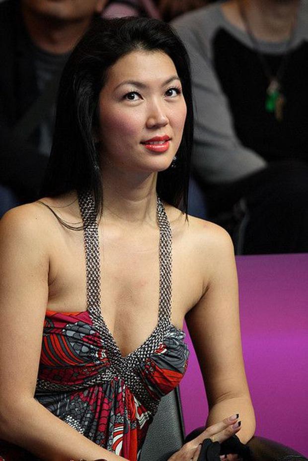 Nữ cơ thủ bi-a người Mỹ gốc Hàn bị ung thư buồng trứng, nếu thuộc nhóm người này bạn cũng nên cẩn thận - Ảnh 2.