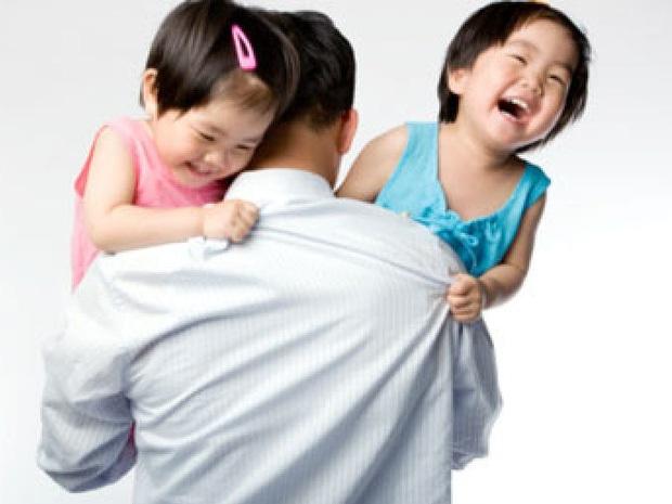 Từ ngày 10/3, sinh 2 con một bề được miễn giảm học phí, hỗ trợ mua bảo hiểm y tế học sinh: Vỡ kế hoạch có phải nộp lại tiền? - Ảnh 1.