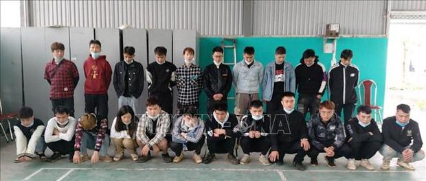 Đưa 22 người Trung Quốc nhập cảnh trái phép vào khu cách ly y tế - Ảnh 1.
