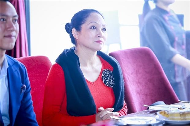NSƯT Hà Thủy lên tiếng về tin đồn đuổi học Chi Pu: Tôi chưa từng dạy học Chi Pu nên không có chuyện đuổi - Ảnh 2.