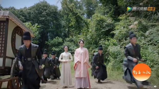 Thủ phạm giết vợ cũ Chung Hán Lương bị Đàm Tùng Vận chỉ điểm ở preview Cẩm Tâm Tựa Ngọc - Ảnh 17.