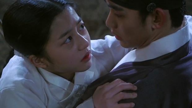 Sao nhí hot nhất Penthouse Kim Hyun Soo: Tiểu Son Ye Jin gây chấn động Hàn vì phim ấu dâm, khiến cả Kim Soo Hyun phải ngại ngùng - Ảnh 7.