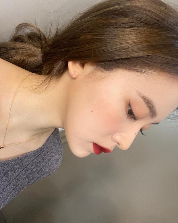 """Loạt makeup look """"đỉnh của chóp"""" từ idol Kpop, nhìn xịn xò là vậy nhưng toàn style đơn giản dễ học theo - Ảnh 7."""