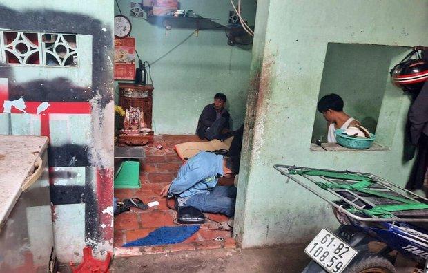 TP.HCM: Hàng chục con chó bị giết nằm la liệt trên sàn, phát hiện nhiều dụng cụ trộm chó - Ảnh 4.