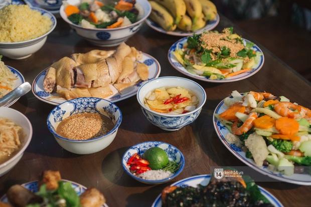 Ngoài gốm sứ, Bát Tràng còn có mâm cỗ với món ăn tiến vua đặc biệt, đại diện cho cái tầm rất khác của ẩm thực Việt Nam - Ảnh 11.