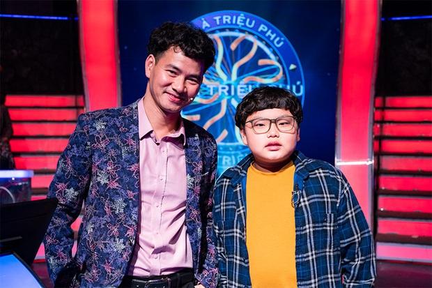 Con trai Xuân Bắc tinh thông kiến thức, giúp bố giành 40 triệu, hóa ra đều nhờ một tuyệt chiêu siêu khéo từ cha mẹ - Ảnh 4.