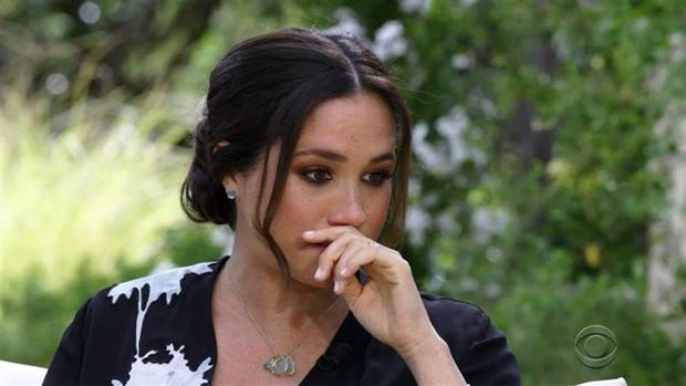 Meghan Markle lại bị chuyên gia thân thiết với Công nương Diana bóc mẽ lời tuyên bố từng muốn tự tử vì không được hoàng gia giúp đỡ - Ảnh 2.