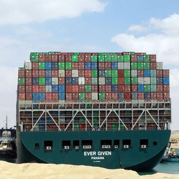 Sự cố kênh đào Suez chỉ là bề nổi của tảng băng? - Ảnh 2.