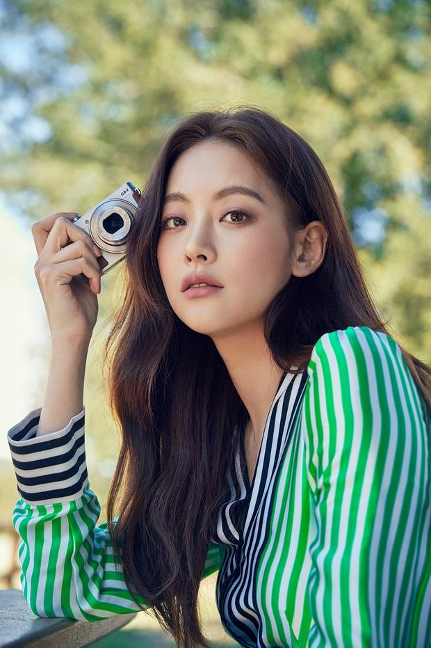 6 gương mặt đẹp nhất Kpop: Irene gây tranh cãi sau phốt thái độ, vị trí của Jennie so với Yoona - Suzy gây bất ngờ - Ảnh 16.