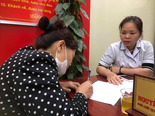 Kết quả kiểm tra quán cháo ở Hà Nội bị tố có cả ổ giòi bò lúc nhúc trong miếng sườn - Ảnh 1.