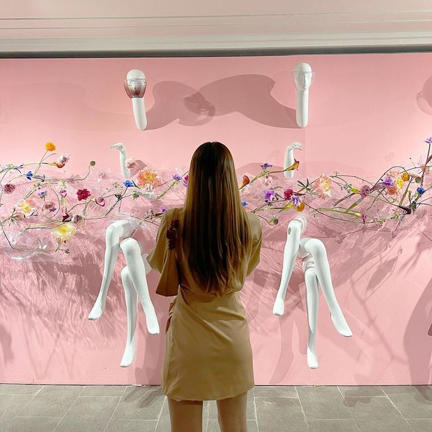 Người chơi hệ nghệ thuật hò nhau tham gia một triển lãm ở Sài Gòn, ai không đi mất nguyên lô ảnh đẹp - Ảnh 10.