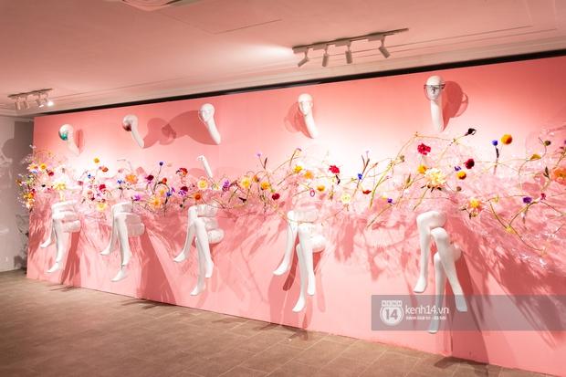 Người chơi hệ nghệ thuật hò nhau tham gia một triển lãm ở Sài Gòn, ai không đi mất nguyên lô ảnh đẹp - Ảnh 2.