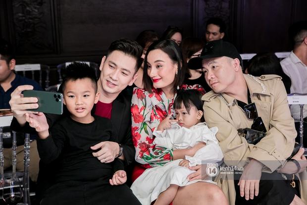 Người chơi hệ nghệ thuật hò nhau tham gia một triển lãm ở Sài Gòn, ai không đi mất nguyên lô ảnh đẹp - Ảnh 6.