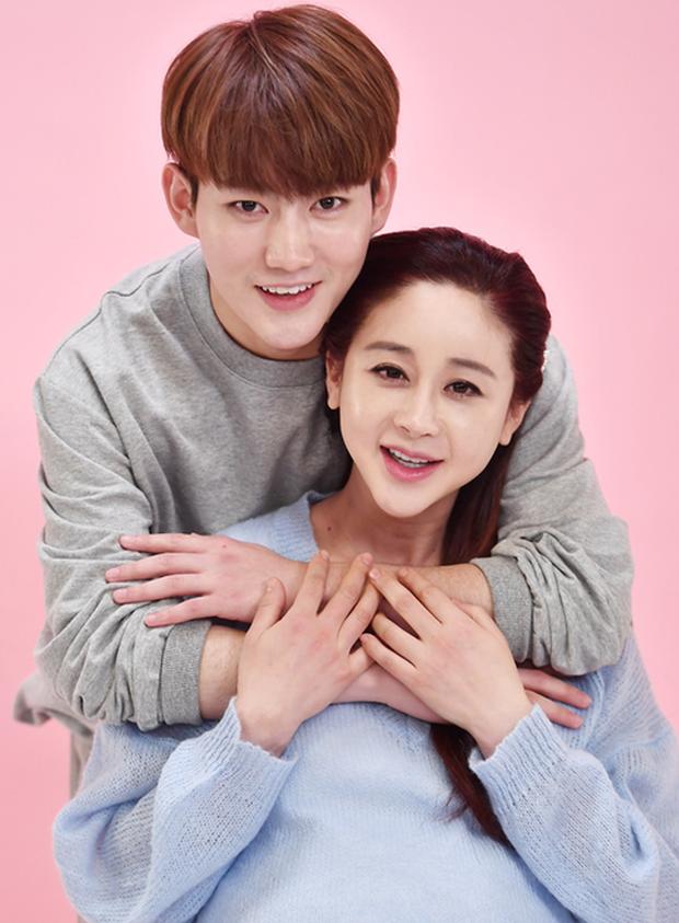 Cựu Hoa hậu Hàn Quốc và loạt scandal trên show thực tế: Mắng nhiếc mẹ chồng, ki bo từng đồng với chồng lẫn con - Ảnh 1.