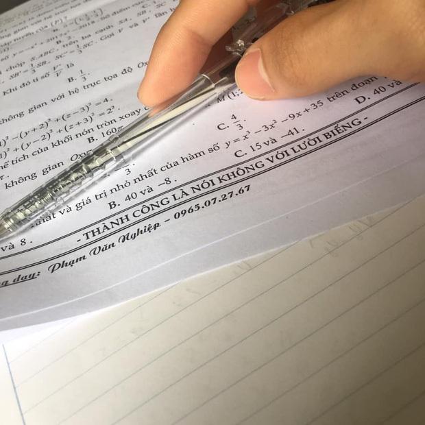 Ra đề kiểm tra Văn, cô giáo đính kèm 4 câu, đọc mà thấy yêu quá chừng - Ảnh 5.