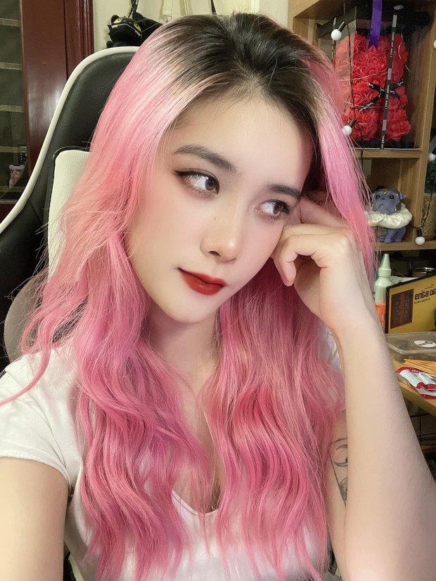 Nữ streamer lạ mặt tỏ tình với Bụt ngay trên livestream, liệu Linh Ngọc Đàm có cảm thấy nóng mắt? - Ảnh 3.