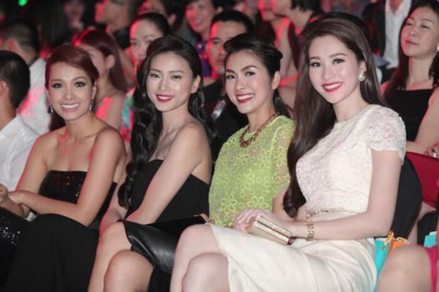 Hà Tăng khi chung khung hình với dàn Hoa hậu: Dù makeup đậm hay nhạt cũng không ngán bất cứ ai - Ảnh 6.