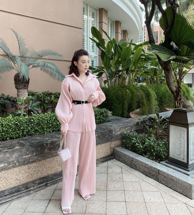 Rich kid Trinh Hoàng mua cả lố túi Chanel như gom hàng trăm rưỡi, trăm bảy trên mạng - Ảnh 2.