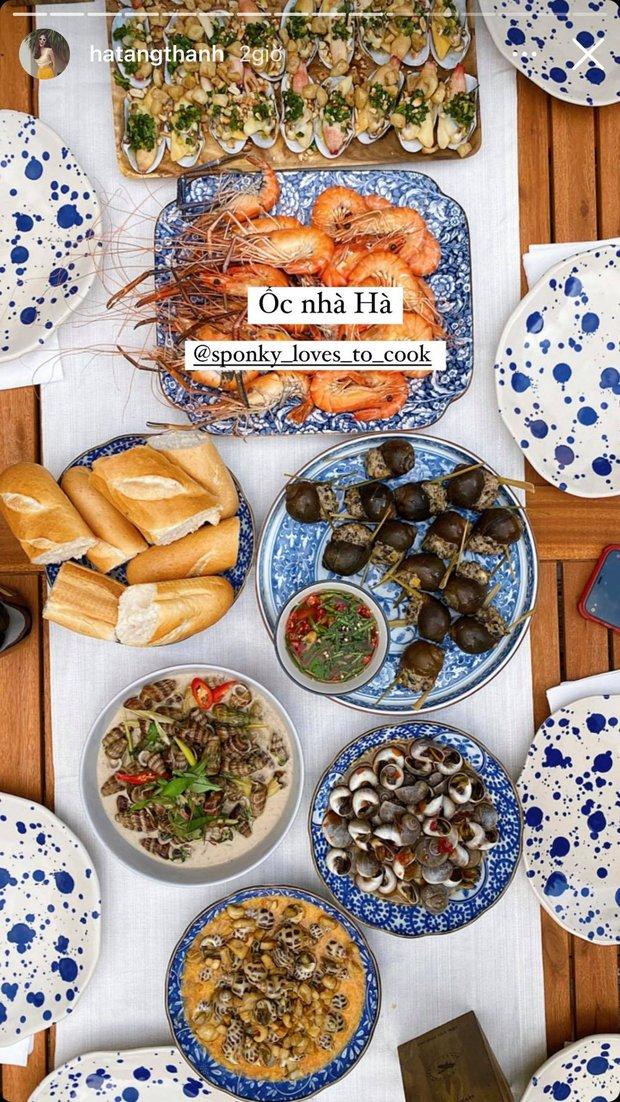 Tiệc cuối tuần giới nhà giàu: Hà Tăng nấu cả bàn ốc như nhà hàng, Băng Di - Linh Rin đến Hoa hậu Trái đất thi nhau xuýt xoa - Ảnh 4.