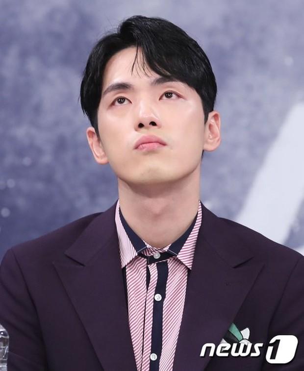 Top 1 Dispatch: Vừa bị khui hẹn hò, tài tử Hạ Cánh Nơi Anh dính phốt thô lỗ làm Seohyun bật khóc và đây là phản ứng mới nhất của người trong cuộc - Ảnh 5.