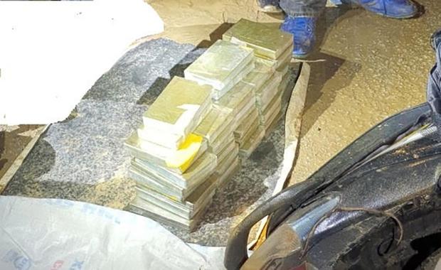 Bắt vụ ma túy lớn, thu giữ 40 bánh heroin - Ảnh 2.