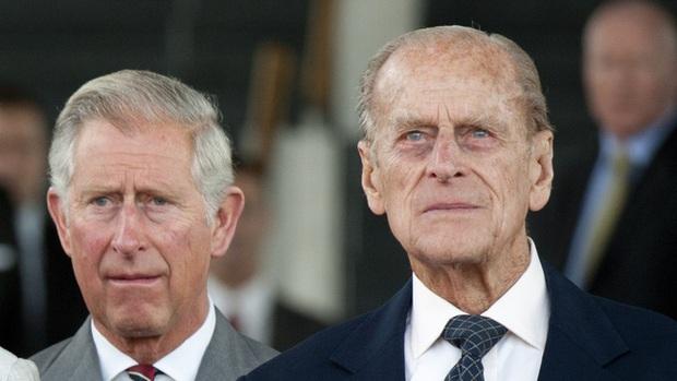 Điều đáng buồn nhất: Hoàng tế Philip qua đời đúng ngày kỷ niệm ngày cưới của Thái tử Charles và bà Camilla - Ảnh 2.