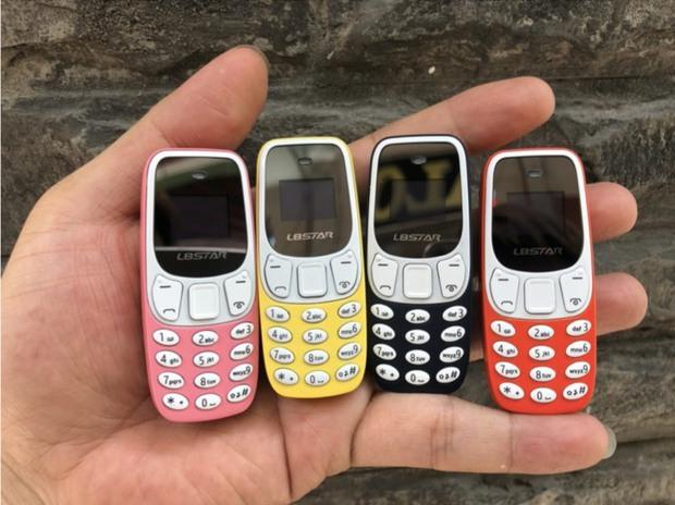 Rộ điện thoại tí hon, nhiều kiểu dáng, giá rẻ - Ảnh 1.