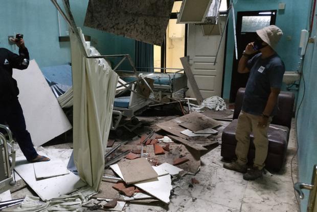 Ít nhất 21 người thương vong do động đất ở Java, Indonesia - Ảnh 1.