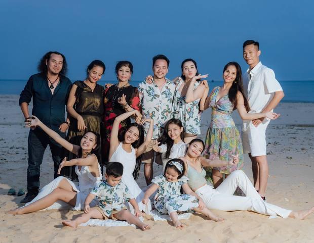 Hết 2 cháu gái thi Hoa hậu, đến con gái Trang Nhung mới 6 tuổi đã được chú ý nhờ nhan sắc gen trội trong tiệc sinh nhật - Ảnh 8.