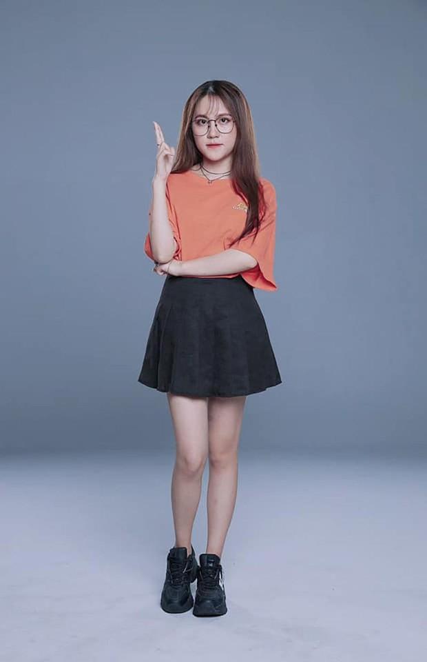 Rap Việt mùa 2 trống ghế HLV nữ, cộng đồng game thủ đồng loạt réo tên 2 nữ streamer Free Fire - Ảnh 3.