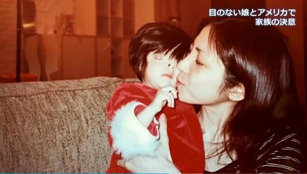 Nhìn mặt con gái mới sinh, người mẹ muốn tự sát nhưng bất thành, không ngờ lại tìm thấy điều kỳ diệu 18 năm sau - Ảnh 5.