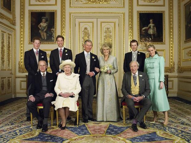 Điều đáng buồn nhất: Hoàng tế Philip qua đời đúng ngày kỷ niệm ngày cưới của Thái tử Charles và bà Camilla - Ảnh 4.