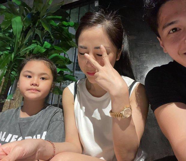 Chỉ với vài khoảnh khắc cuối tuần, Huỳnh Anh đã chứng minh tình cảm với con riêng của hôn thê hơn 6 tuổi - Ảnh 3.