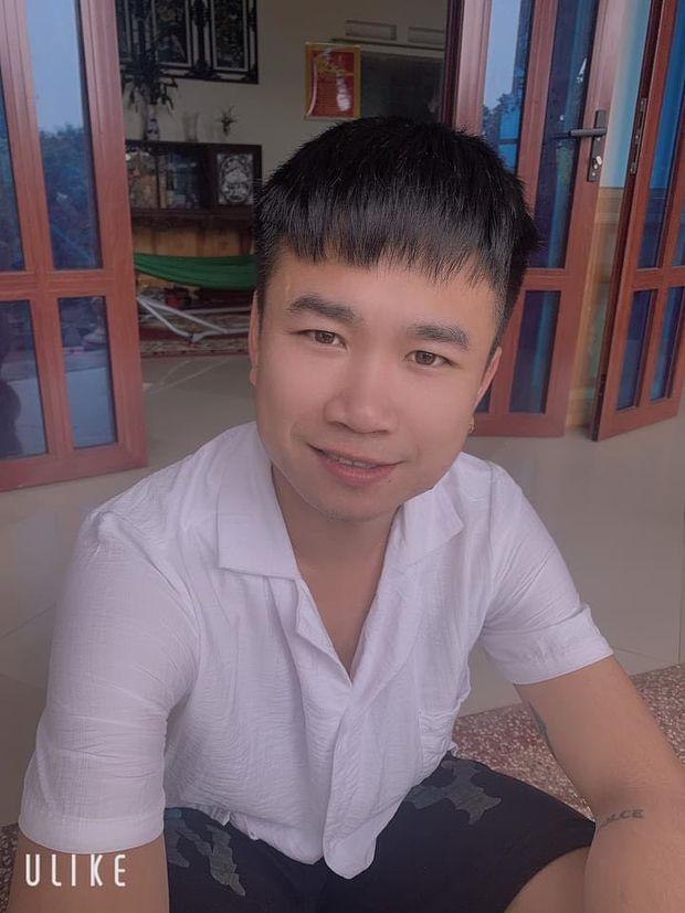 Nữ sinh 13 tuổi bị lạc khi đạp xe từ Hải Dương đến Hà Nội và hành động tốt bụng của tài xế taxi lúc nửa đêm - Ảnh 1.