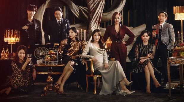 Penthouse trượt Phim hay nhất nhưng cặp đôi ác nhân Kim So Yeon - Uhm Ki Joon vẫn nhận đề cử bự ở Baeksang 2021 - Ảnh 1.