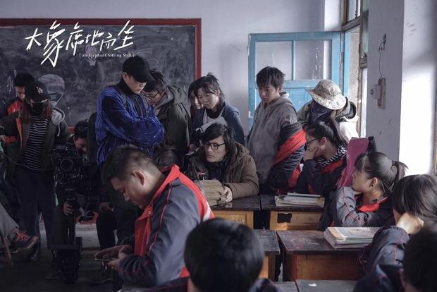 Phim Trung khiến đạo diễn treo cổ tự tử trước ngày công chiếu, vượt mặt Trương Nghệ Mưu thắng giải cao nhất - Ảnh 9.