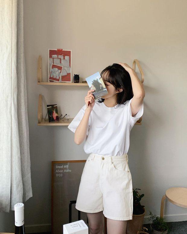 Mùa hè nóng nực, chị em nào muốn mặc quần short mà xinh như gái Hàn thì bơi vào đây! - Ảnh 4.
