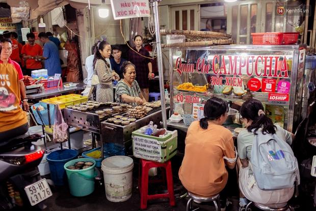 Gọi chợ Hồ Thị Kỷ là vũ trụ ăn uống giữa Sài Gòn vì muốn tìm món nào cũng có, ăn no ngập mặt mà tốn chưa tới 100k - Ảnh 19.