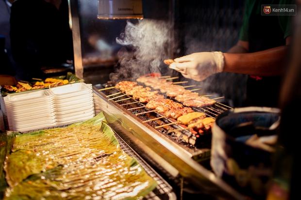 Gọi chợ Hồ Thị Kỷ là vũ trụ ăn uống giữa Sài Gòn vì muốn tìm món nào cũng có, ăn no ngập mặt mà tốn chưa tới 100k - Ảnh 30.