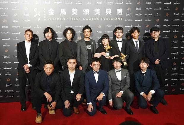 Phim Trung khiến đạo diễn treo cổ tự tử trước ngày công chiếu, vượt mặt Trương Nghệ Mưu thắng giải cao nhất - Ảnh 12.