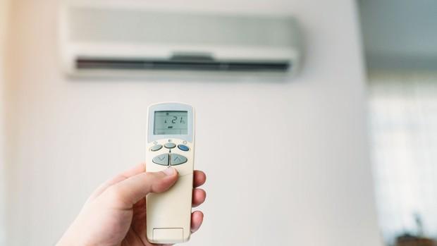 Dùng máy lạnh thế nào, để cuối tháng không phải té xỉu khi nhìn hoá đơn tiền điện? - Ảnh 1.