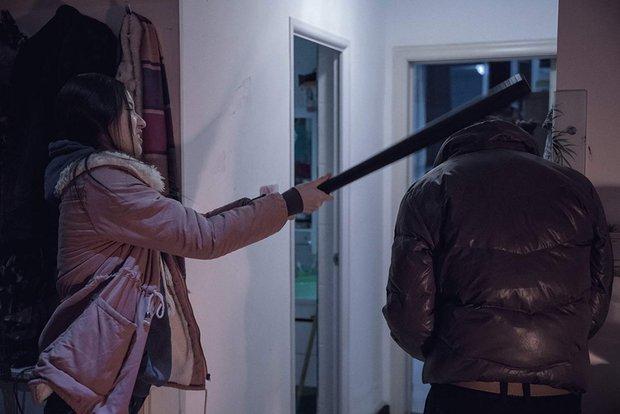Phim Trung khiến đạo diễn treo cổ tự tử trước ngày công chiếu, vượt mặt Trương Nghệ Mưu thắng giải cao nhất - Ảnh 4.