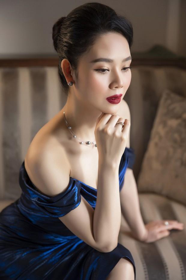Ảnh hiếm: Top 3 Hoa hậu Việt Nam đầu tiên hội ngộ, đều chạm ngưỡng U40 nhưng vẫn trẻ trung, xinh đẹp đáng ngưỡng mộ - Ảnh 4.