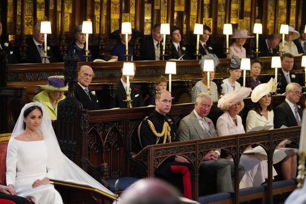 Hoàng tử Harry cuối cùng đã có mặt tại Anh để chịu tang ông nội, lần đầu tiên trở về quê hương sau hơn 1 năm rời bỏ gia tộc - Ảnh 3.