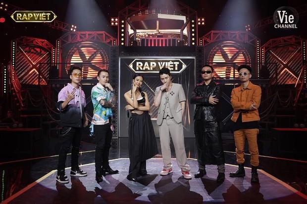 Netizen phát sốt với tiết mục khép lại Rap Việt Concert nhưng hành động của Binz dành cho Suboi mới gây chú ý - Ảnh 5.