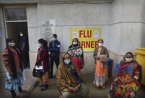 Hơn 136,5 triệu người mắc COVID-19 trên thế giới, Ấn Độ vượt Brazil quay lại là tâm dịch lớn thứ 2 - Ảnh 1.